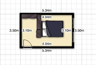 The room measures 5.30x3.5 meters