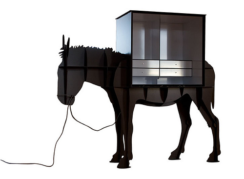 Horse Lamp Home Voyeurs A Peek Into Homes